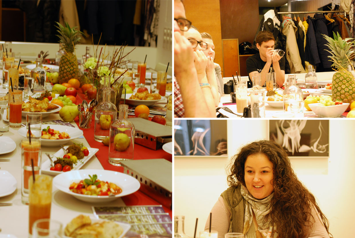 Blogger beim Frühstück