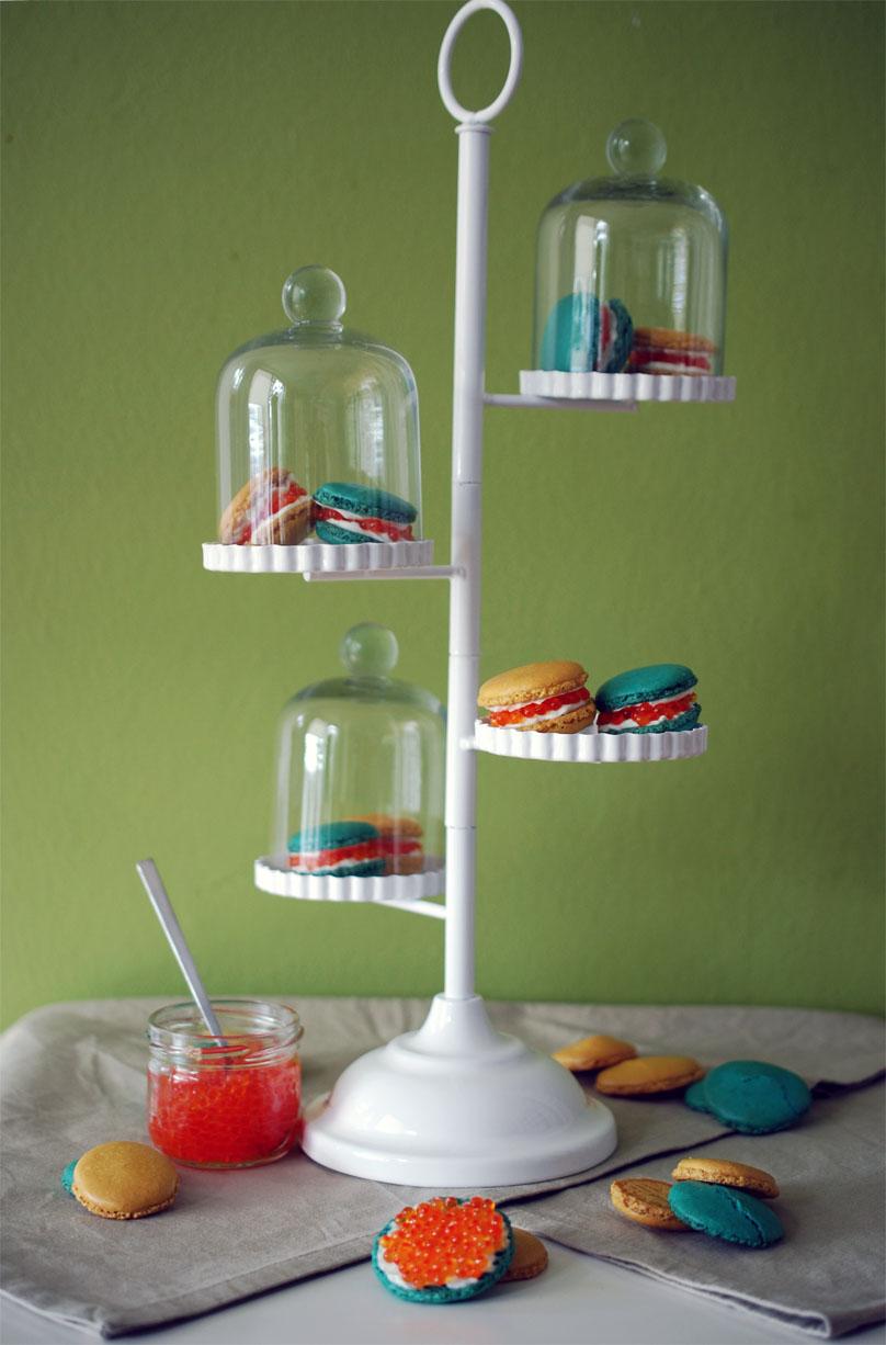 macarons mit forellenkaviar topf und deckel. Black Bedroom Furniture Sets. Home Design Ideas