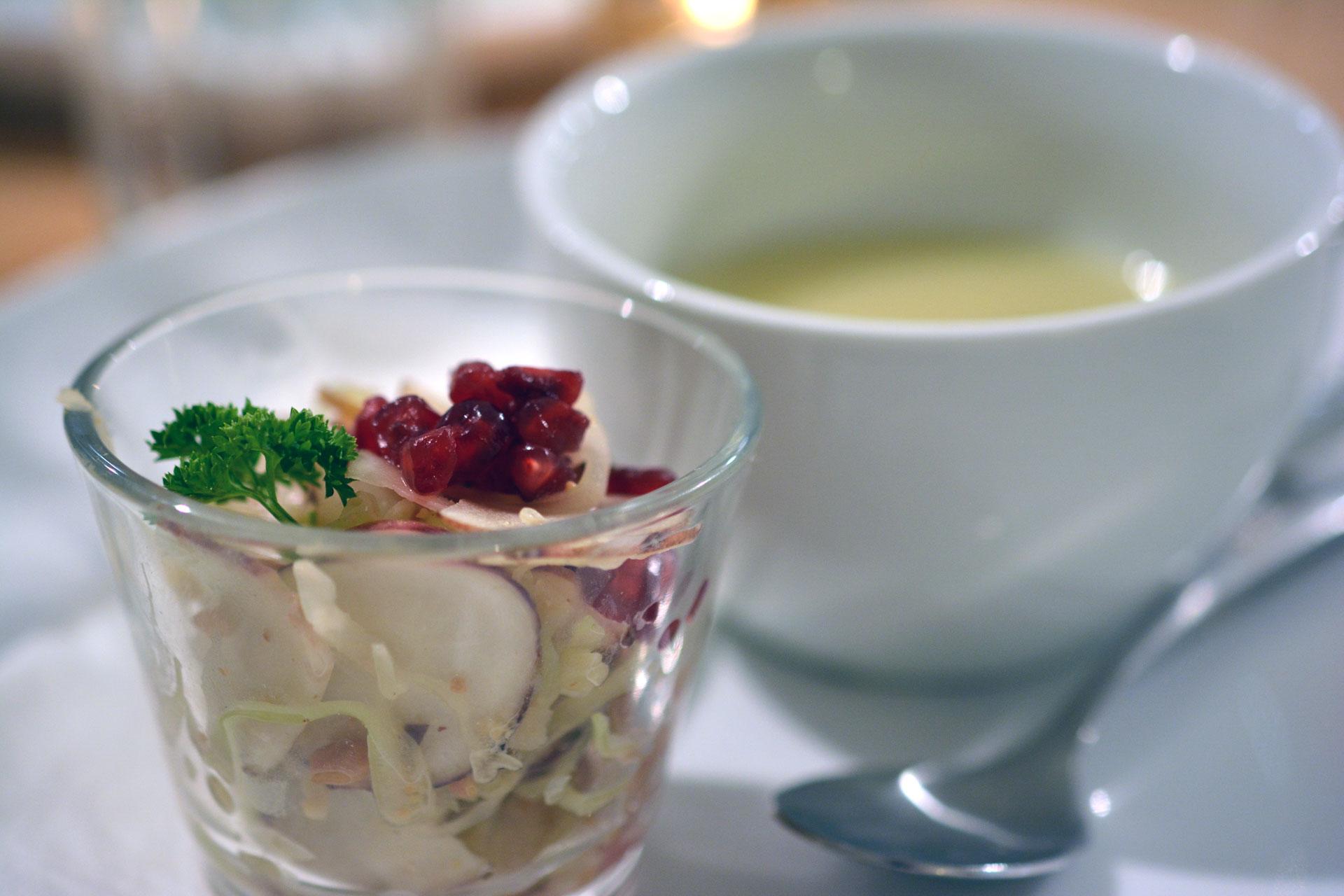 Topinambur: Suppe und asiatischer Salat