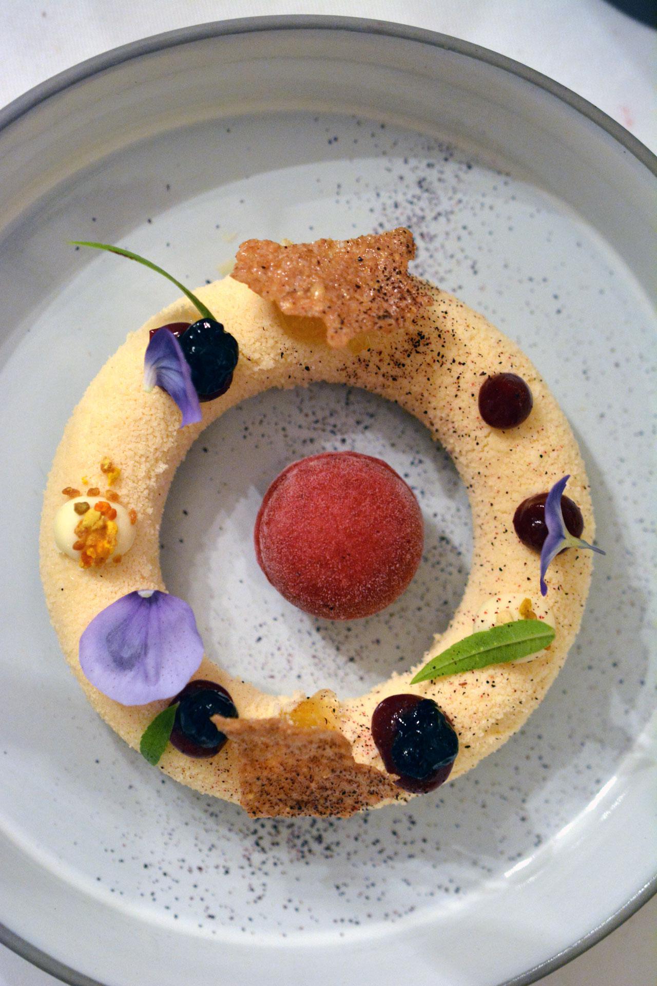 Trautmannsdorfer Honig: Frischkäsebruch / Zimtblüten / Haferflocken / Isabella / Aronia
